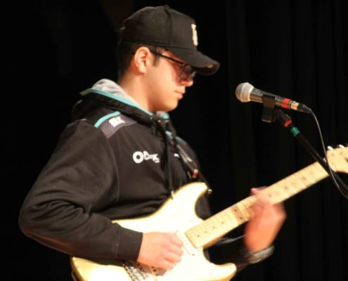 COA Guitar player